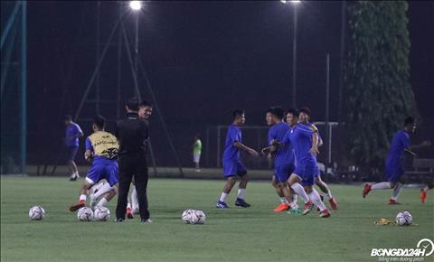 April 25 - đội bóng bí ẩn của Triều Tiên tập luyện trước trận Hà Nội hình ảnh