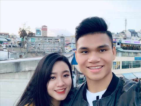 Vừa lên tuyển tập trung, Phạm Xuân Mạnh đã troll bạn gái Anh yêu người khác rồi hình ảnh 2