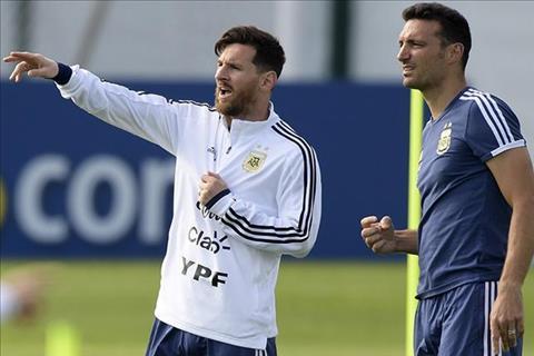 "Messi thua nhan ""bat thop"" HLV tuyen Argentina"
