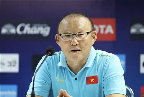 HLV Park Hang Seo thua nhan kho khan khi cham tran Thai Lan