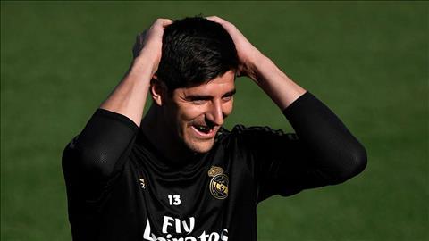 Thibaut Courtois sa sút, Real Madrid tụt dốc hình ảnh