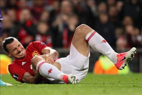 Những cầu thủ từng bị chấn thương dây chằng đầu gối hành hạ hình ảnh 2