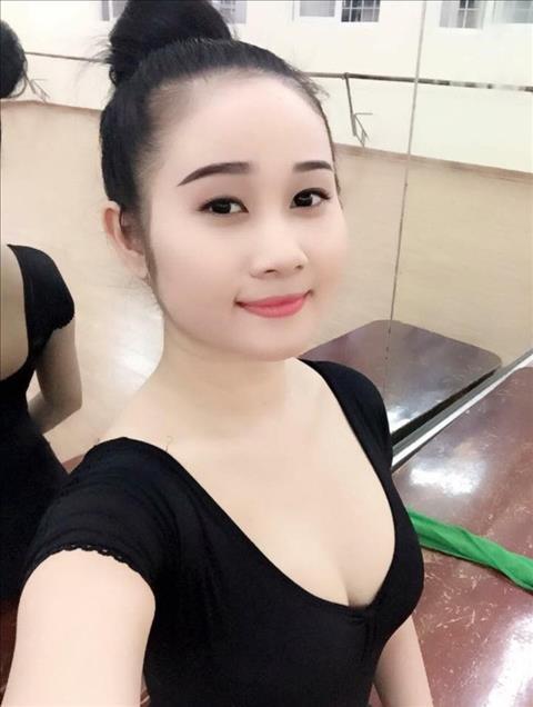 ban gai cua Tien Linh la giao vien day mua