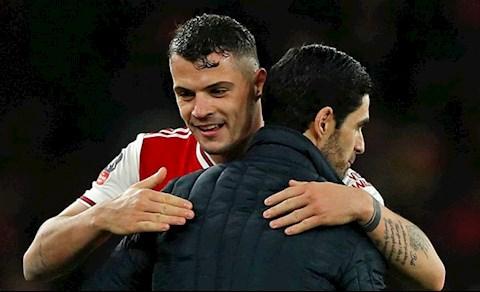 Arteta tiết lộ lý do đội trưởng bị ghét nhất Arsenal không ra đi hình ảnh 2