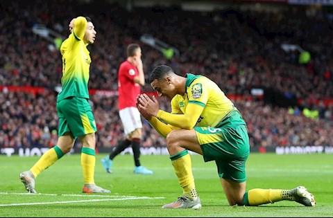 Norwich thua MU 4-0