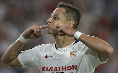 Javier Hernandez chuẩn bị rời Sevilla giá 9 triệu euro hình ảnh