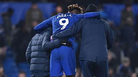 HLV Lampard lên tiếng về chấn thương của Abraham hình ảnh
