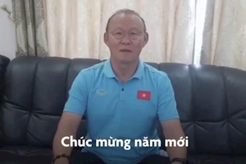 VIDEO: Xuc dong loi chuc mung nam moi HLV Park Hang Seo gui toi nguoi ham mo Viet Nam