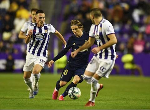 Valladolid 0-1 Real Madrid Chiến thắng tối thiểu đưa Los Blancos lên đỉnh hình ảnh 2