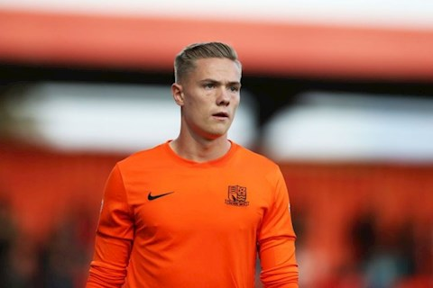 Nathan Bishop ký hợp đồng với MU từ CLB Southend United hình ảnh