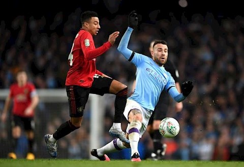 Man City vs MU Lingard vs Otamendi