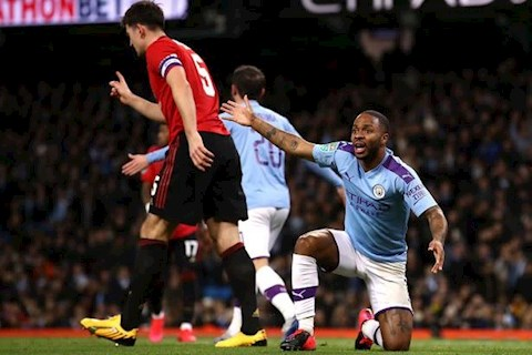 Man City vs MU Sterling bo lo