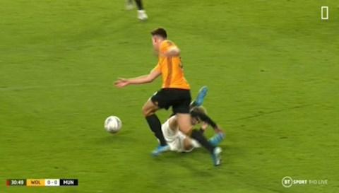 Wolves vs MU Tranh cãi khi Quỷ đỏ bị từ chối 11m hình ảnh