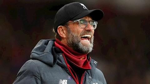 Người cũ cảnh báo Liverpool chớ mơ mộng giành cú đúp danh hiệu hình ảnh