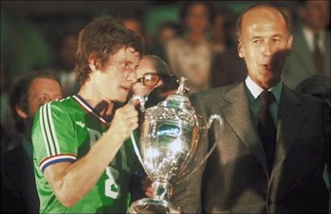 Những cầu thủ vô địch Ligue 1 nhiều nhất Quỷ xanh và Mãnh sư hình ảnh