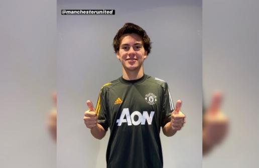 Hình ảnh mới nhất của tiền vệ Facundo Pellistri trong màu áo MU hình ảnh
