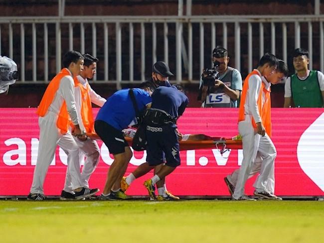 Lâm Ti Phông dính chấn thương sau trận thua của CLB TPHCM hình ảnh