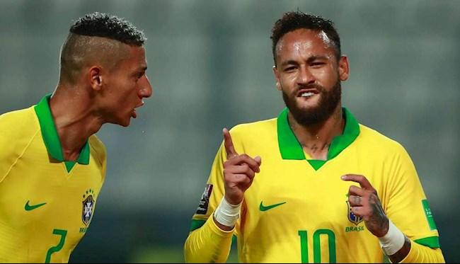 Tỏa sáng trên ĐT Brazil, Neymar vượt qua Ronaldo hình ảnh