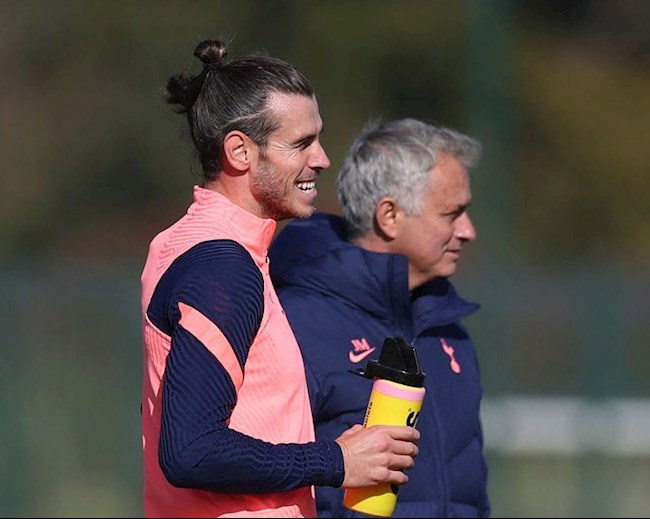 Mourinho tiet lo cach su dung Bale
