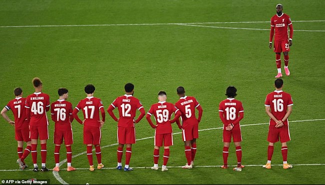 Liverpool lai thua Arsenal o man dau sung