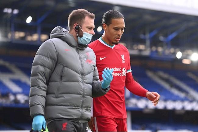 Liverpool được khuyên tranh hàng đến cùng với MU hình ảnh