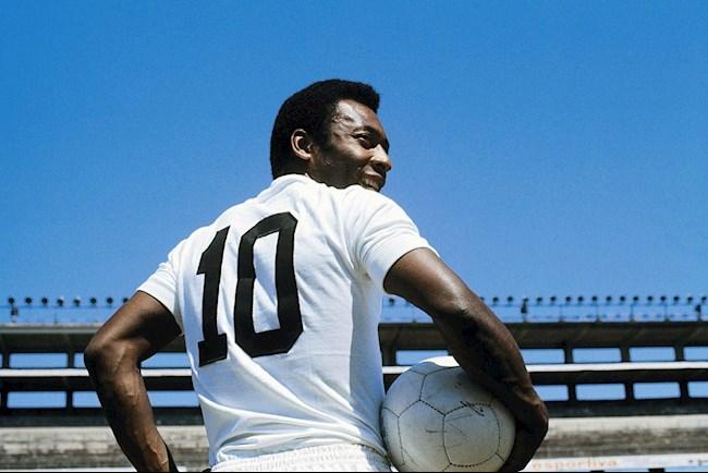 Pele: Vua bóng đá vĩ đại và những thách thức với ngôi vương trong kỷ nguyên hiện đại