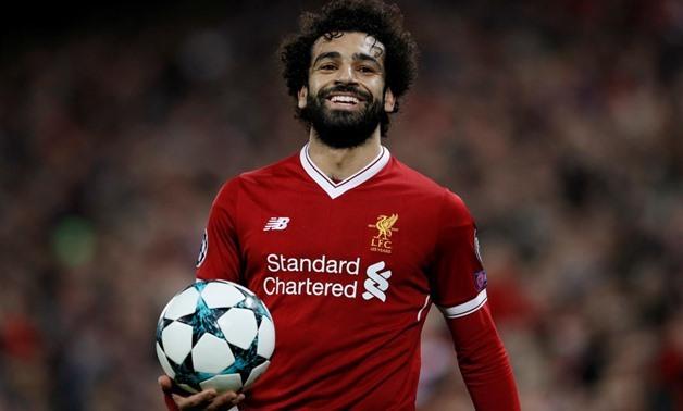 Salah mang ve chien thang 2-0 cho Liverpool