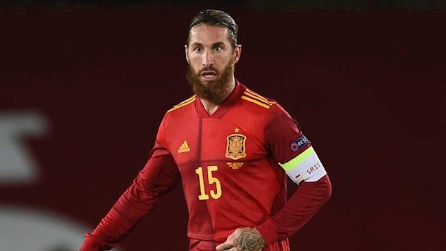 Ramos chính thức vượt qua siêu kỷ lục của Buffon hình ảnh