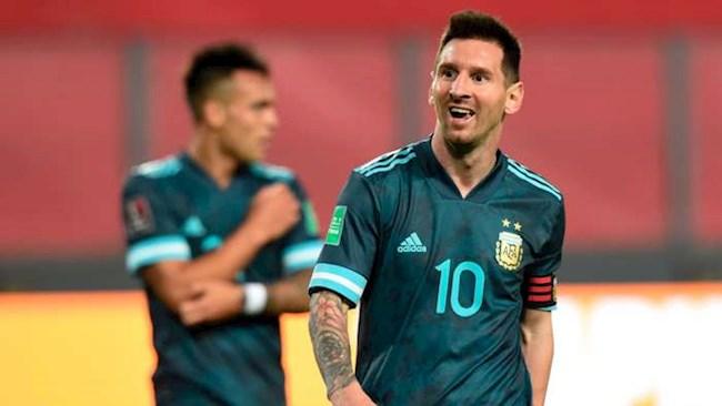 Messi vui mừng sau khi giúp Argentina trở lại mạch thắng hình ảnh