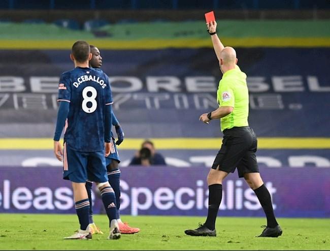 Nicolas Pepe nhan the do do mat kiem soat