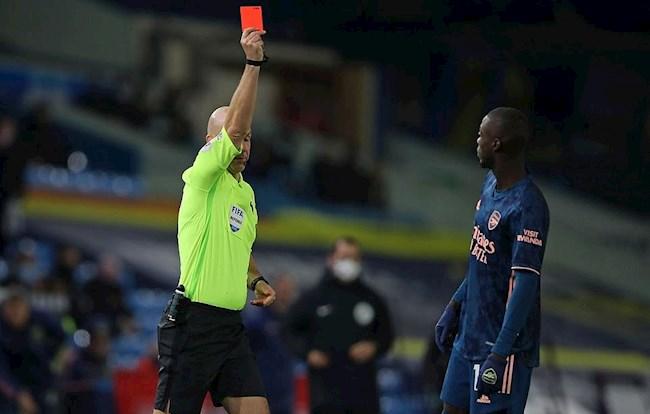 Mikel Arteta Thẻ đỏ của Pepe là không thể chấp nhận được! hình ảnh