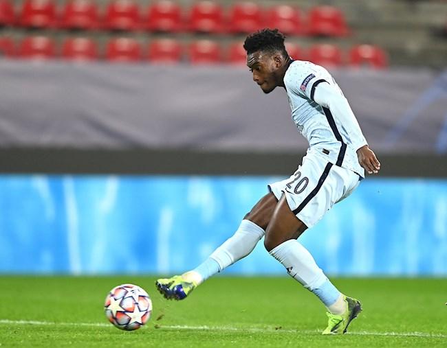 Callum Hudson-Odoi ghi bàn, Chelsea đánh bại Rennes hình ảnh
