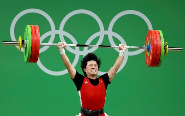 Việt Nam bất ngờ có tấm HCĐ Olympic 2012 từ môn Cử tạ