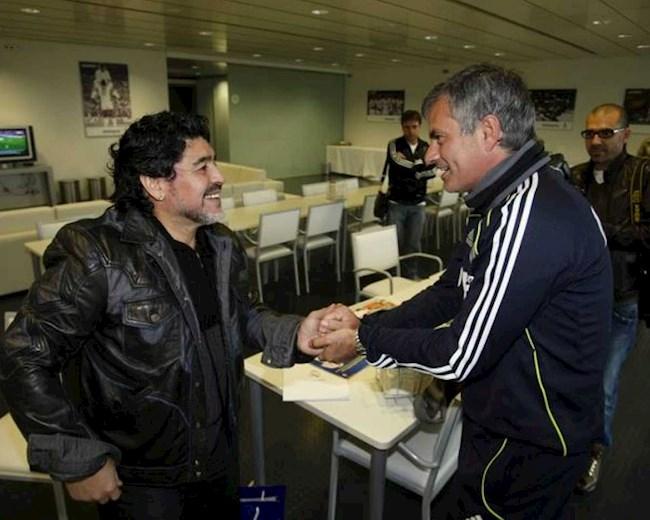 Jose Mourinho tiết lộ câu chuyện ít biết về Maradona hình ảnh