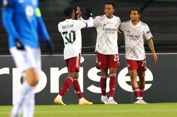 Folarin Balogun ghi ban trong ngay ra mat Arsenal