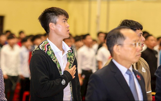 Duy Mạnh, Đình Trọng chính thức trở thành tân sinh viên đại học hình ảnh 2