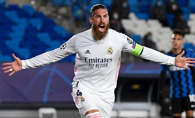 Sergio Ramos cham den cot moc 100 ban thang cho Real Madrid