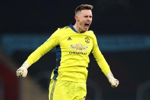 Dean Henderson được khen ngợi sau màn trình diễn ấn tượng trước Southampton