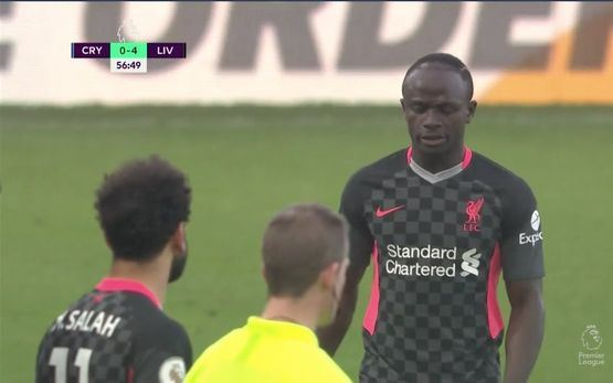Sadio Mane khó chịu khi bị thay ra, huyền thoại Liverpool nói gì hình ảnh