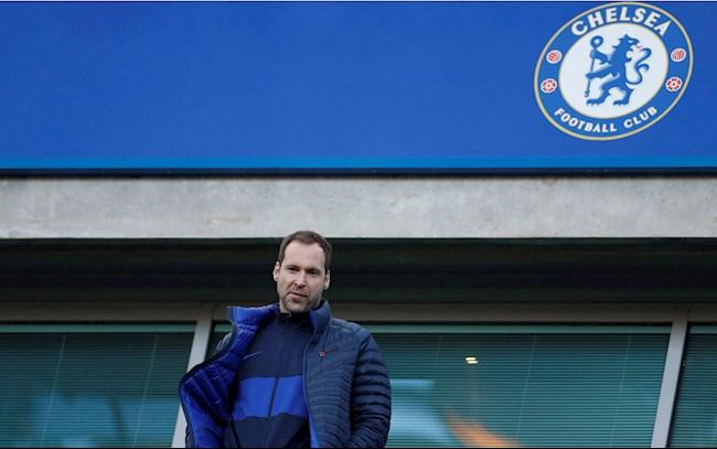 Petr Cech: Người không bao giờ cho bộ não tạm dừng hoạt động