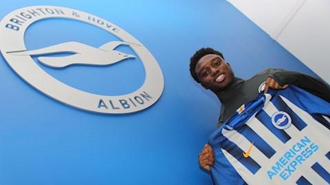 Tariq Lamptey rời Chelsea cập bến Brighton hình ảnh