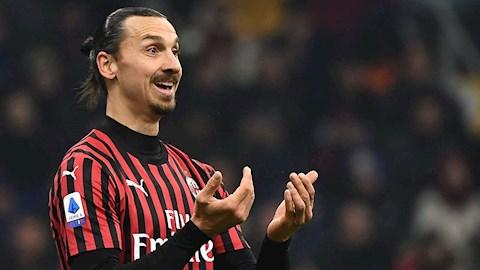 Ibrahimovic nổi xung với các đồng đội sau trận thua ngược Inter hình ảnh