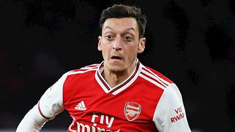 Ozil đích thân lên tiếng về tương lai ở Arsenal hình ảnh