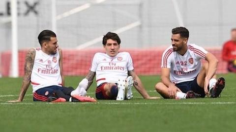 Sao Arsenal phản bác khi bị tố chơi nhiều hơn tập ở Dubai hình ảnh