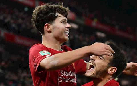 Neil Critchley chỉ ra cầu thủ hay nhất của Liverpool ở FA Cup hình ảnh