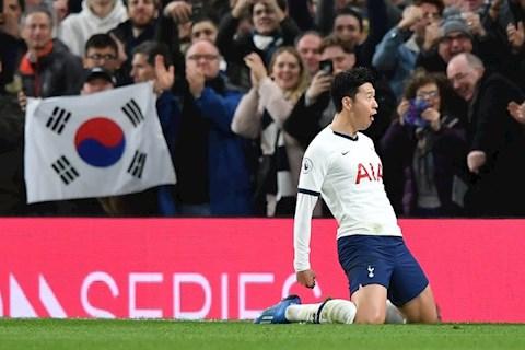 Tỏa sáng rực rỡ, Son Heung-min vẫn bị thầy Mourinho trêu đỏ mặt hình ảnh