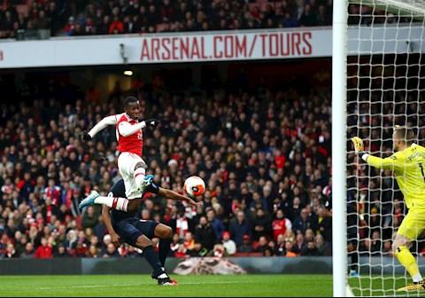 Arsenal 3-2 Everton Nketiah ghi ban