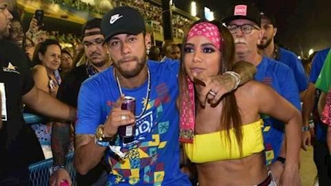 Neymar lần đầu tiên biết hy sinh vì Barcelona hình ảnh