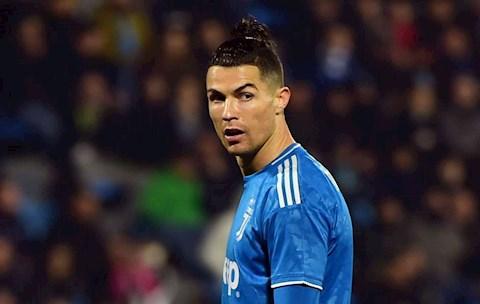 Điểm tin bóng đá tối 262 Ronaldo từng đền bù 30 triệu euro  hình ảnh