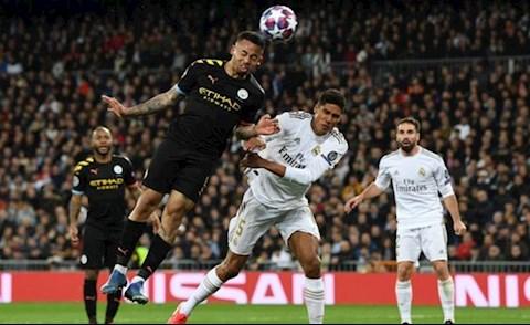 Zinedine Zidane 'Real Madrid thua Man City bởi mất tập trung!' hình ảnh
